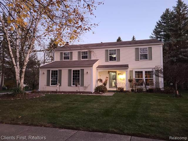 1786 Farmbrook Drive, Troy, MI 48098 (#2200097479) :: The Alex Nugent Team | Real Estate One