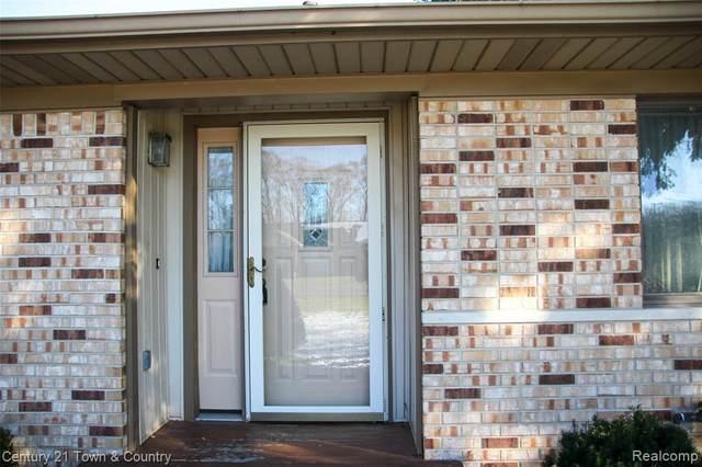 45566 Gable Inn Street, Shelby Twp, MI 48317 (#2200097706) :: The Alex Nugent Team | Real Estate One