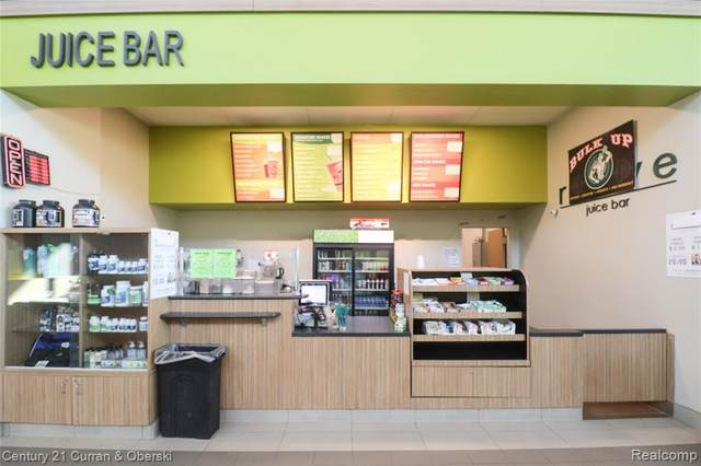 41128 Ann Arbor Road E, Plymouth Twp, MI 48170 (#2200097859) :: BestMichiganHouses.com