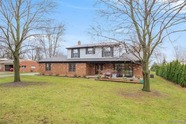 1875 Willowood Road, Rochester Hills, MI 48307 (#2200097895) :: The Alex Nugent Team | Real Estate One