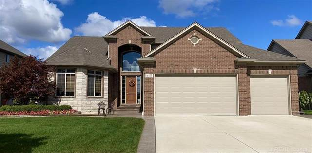16673 Shinnecock, Macomb Twp, MI 48042 (#58050030105) :: The Alex Nugent Team | Real Estate One