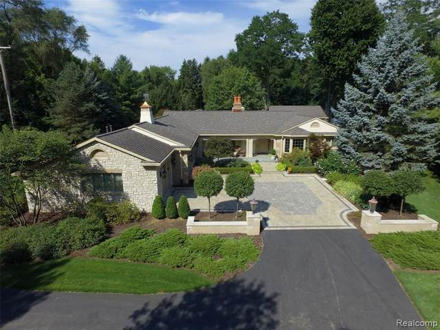 18817 Valencia Street, Northville, MI 48168 (#2200098096) :: Duneske Real Estate Advisors