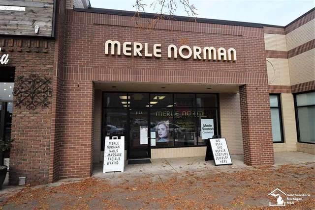 3122 Biddle, Wyandotte, MI 48192 (#57050030191) :: The Merrie Johnson Team