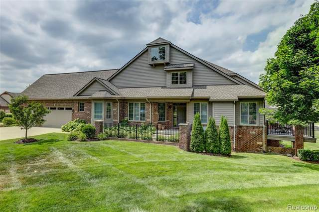 10831 Waterfall Court, Green Oak Twp, MI 48178 (#2200098367) :: The Alex Nugent Team | Real Estate One