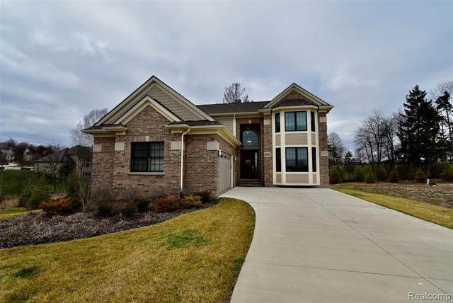 20217 Beacon Way, Northville Twp, MI 48167 (#2200098385) :: Duneske Real Estate Advisors