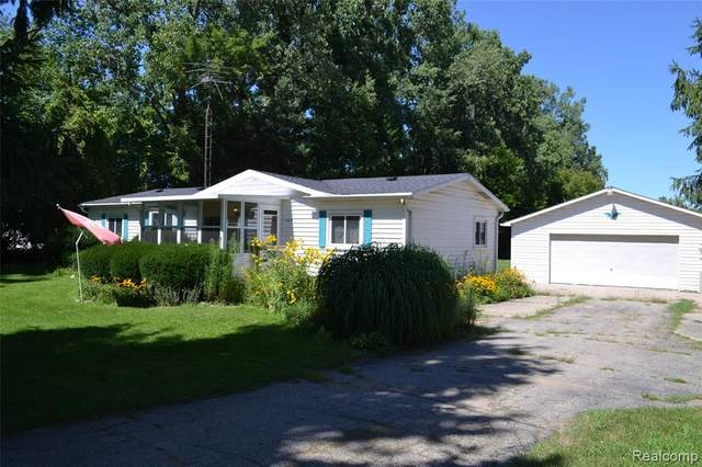 6115 Lake Road E, Thetford Twp, MI 48746 (#2200098557) :: GK Real Estate Team