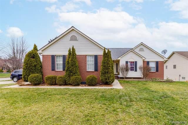 2045 Barclay Avenue, Shelby Twp, MI 48317 (#2200098992) :: Duneske Real Estate Advisors