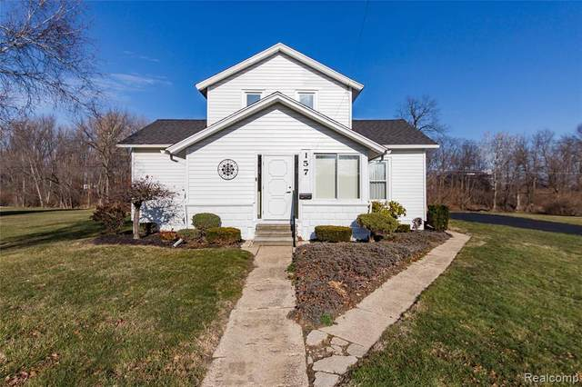157 E Monroe Street, Dundee Vlg, MI 48131 (#2200099558) :: The Alex Nugent Team | Real Estate One