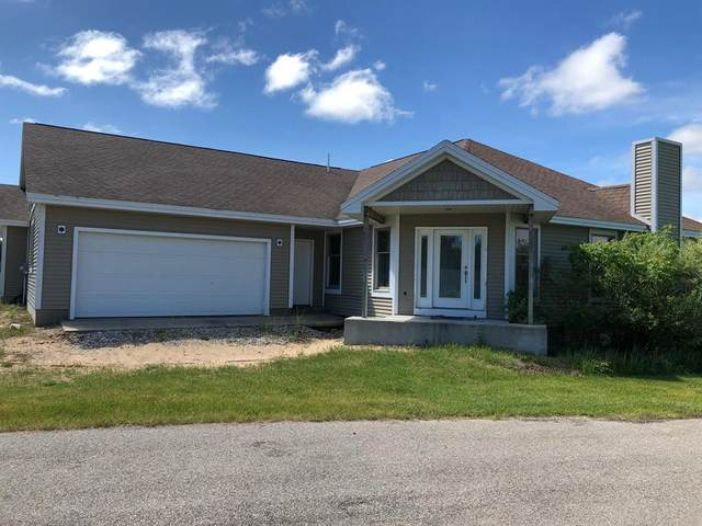 6842 N Bluff Court Condo #4, Manistee Twp, MI 49675 (#67018023332) :: The Merrie Johnson Team