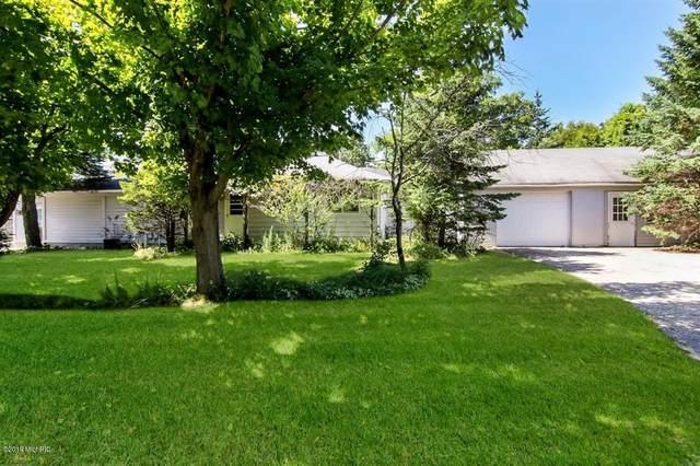 4990 Main Street, Onekama Vlg, MI 49675 (#67019041273) :: The Alex Nugent Team | Real Estate One