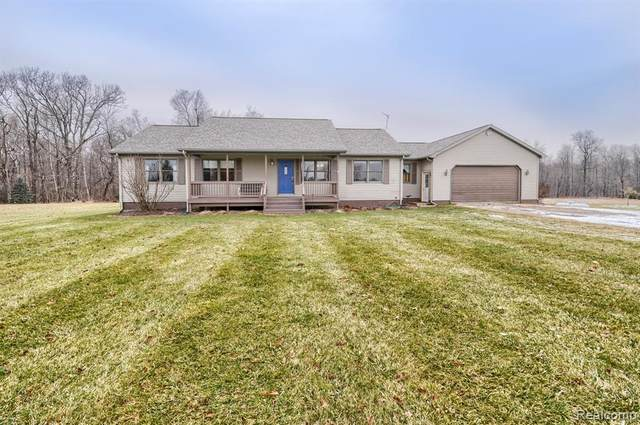 2765 Carina Drive, Deerfield Twp, MI 48461 (#2200101172) :: Keller Williams West Bloomfield