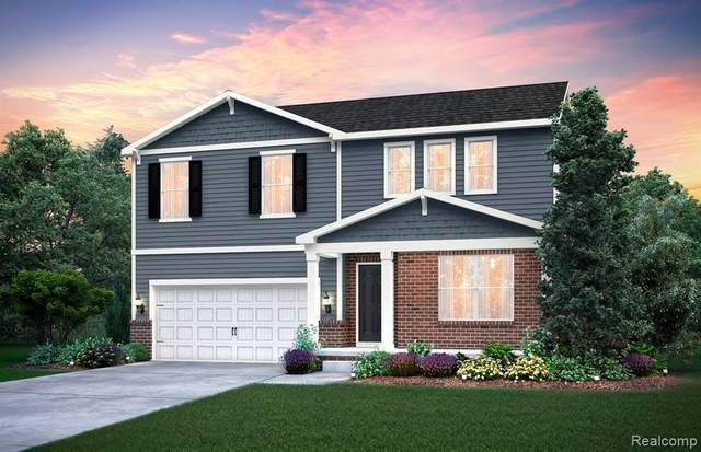 1568 Beachwood Drive, Walled Lake, MI 48390 (#2200101262) :: Novak & Associates