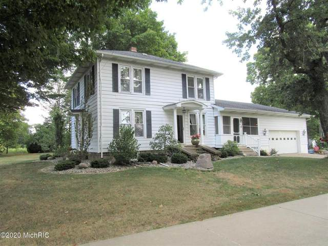 137 S Centennial, OVID TWP, MI 49036 (#62020051463) :: The BK Agency