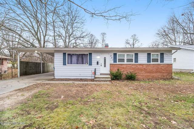 201 Boyes Drive, Bedford Twp, MI 49037 (#64020050191) :: The Alex Nugent Team | Real Estate One