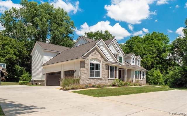25820 W 14 MILE Road, Bloomfield Twp, MI 48301 (#2200101679) :: The Alex Nugent Team   Real Estate One