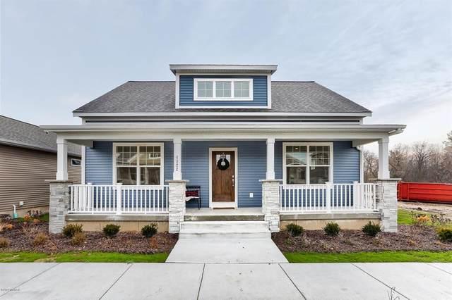 4294 Augusta Hills Avenue SE #64, Kentwood Twp, MI 49512 (#71020046927) :: The Alex Nugent Team | Real Estate One