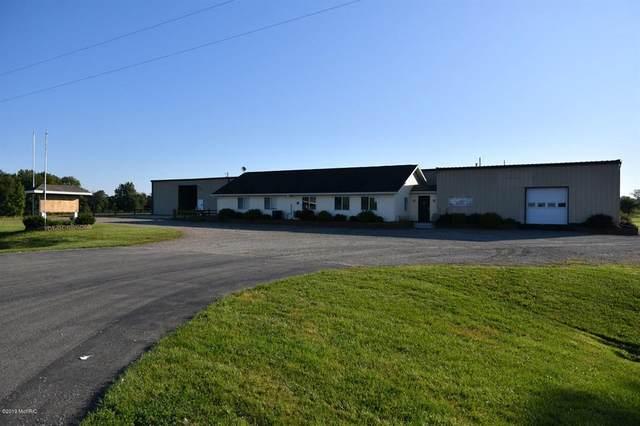 125 N M 140 Highway, Bainbridge Twp, MI 49098 (#66019051701) :: The Alex Nugent Team | Real Estate One