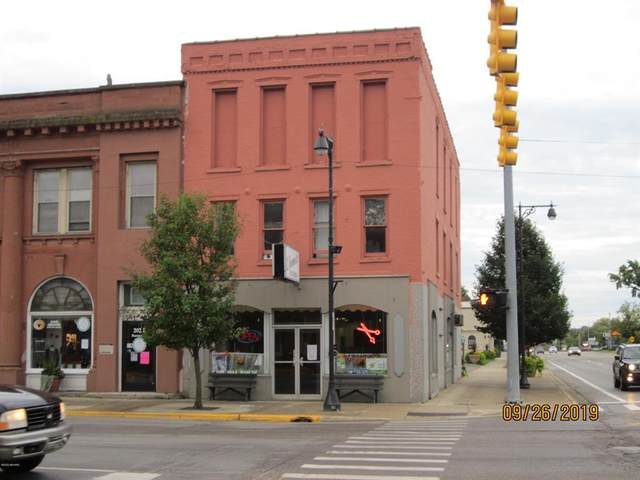 200 E Michigan Avenue, Paw Paw Vlg, MI 49079 (#66020039846) :: The Merrie Johnson Team