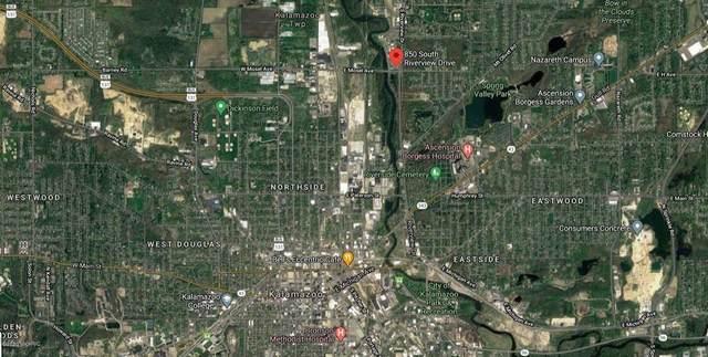 850 S Riverview Drive, Parchment, MI 49004 (#66020036345) :: The Alex Nugent Team | Real Estate One