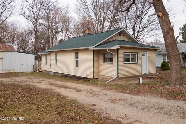 317 Cooper Avenue, Pennfield Twp, MI 49014 (#66020050895) :: GK Real Estate Team