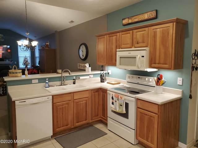 2902 Villa Lane, Sodus Twp, MI 49022 (#69020050139) :: The Alex Nugent Team | Real Estate One