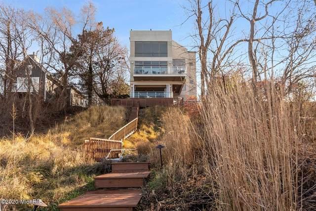 4260 Ponchartrain Drive, Michiana Vlg, MI 49117 (#69020050509) :: The Alex Nugent Team | Real Estate One