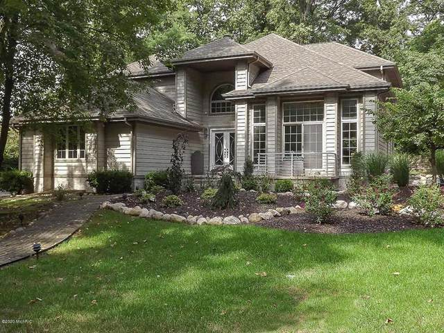50114 Arnold Avenue, Grand Beach Vlg, MI 49117 (#69020005343) :: Keller Williams West Bloomfield