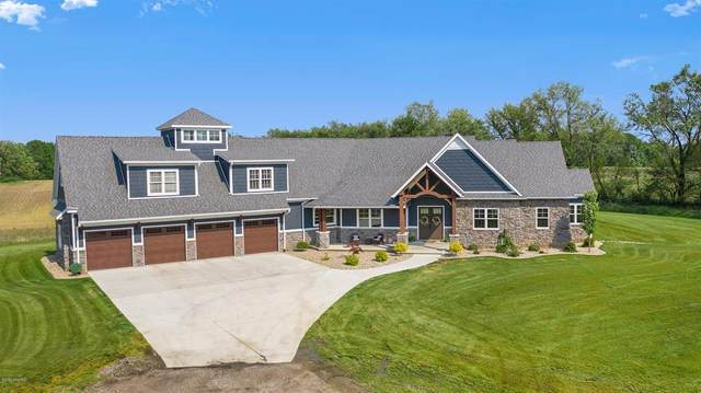 1761 Portage Road, Bertrand Twp, MI 49120 (#69020019407) :: The Alex Nugent Team | Real Estate One