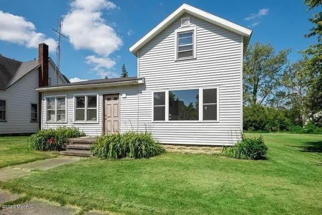 314 Magnolia Street, Three Oaks Vlg, MI 49128 (#69020023342) :: Robert E Smith Realty