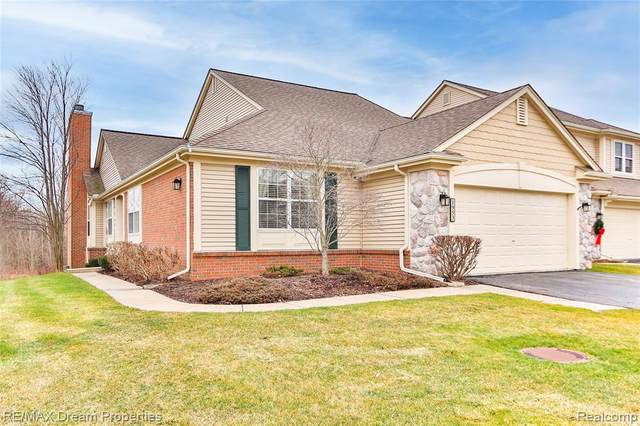 1953 Wentworth Drive, Canton Twp, MI 48188 (#2200101950) :: Robert E Smith Realty
