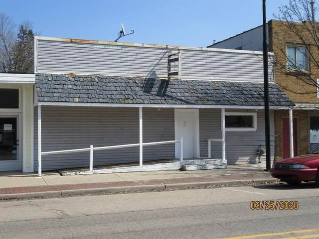 28 S Main, Cedar Springs, MI 49319 (#65020032608) :: The Alex Nugent Team | Real Estate One
