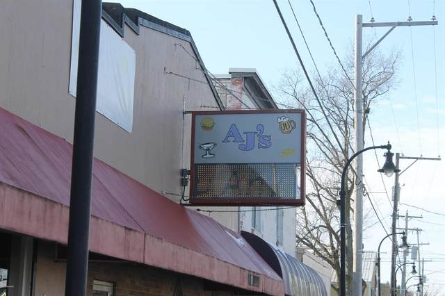 1830 142nd Avenue, Dorr Twp, MI 49323 (#65020001551) :: The Alex Nugent Team | Real Estate One
