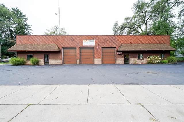 935 S Lafayette Street, Greenville, MI 48838 (#65020038644) :: The BK Agency