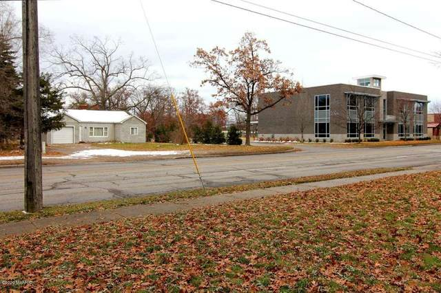 1005 S Garfield Avenue, TRAVERSE CITY-GRANDTRAVERSE, MI 49686 (#65020014169) :: The Alex Nugent Team | Real Estate One