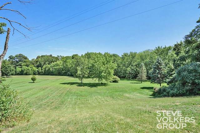 12245 Crockery Creek Drive, Ravenna Vllg, MI 49451 (#65020038779) :: Robert E Smith Realty