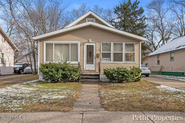 3308 Peck Street, Muskegon Heights, MI 49444 (#65020051028) :: The Mulvihill Group