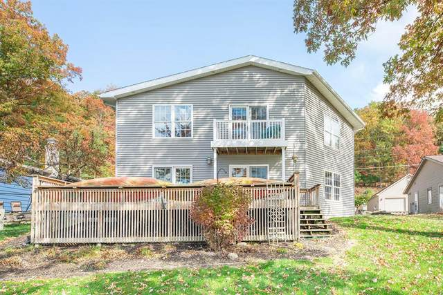 4767 S Lakeshore Boulevard, Everett Twp, MI 49337 (#65020044637) :: GK Real Estate Team