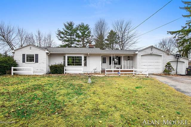 5905 Kalamazoo Avenue SE, Kentwood Twp, MI 49508 (#65020047324) :: Robert E Smith Realty