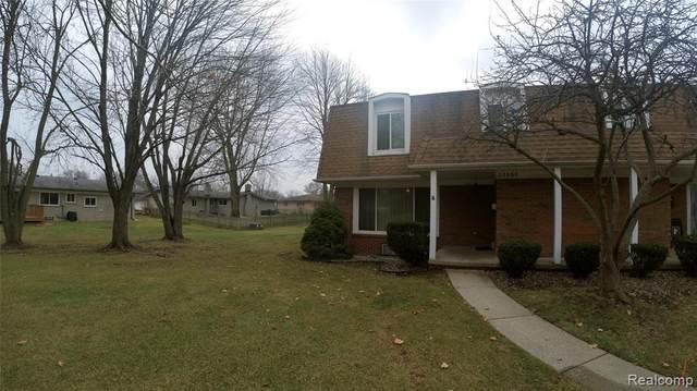 32806 Barclay Square, Warren, MI 48093 (#2210000066) :: GK Real Estate Team