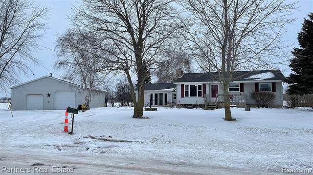 6797 N Isabella Rd Road, Vernon Twp, MI 48878 (#2210000120) :: The Alex Nugent Team | Real Estate One