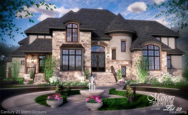 8001 Bridle Path Court, Grand Blanc, MI 48439 (#2210000205) :: GK Real Estate Team