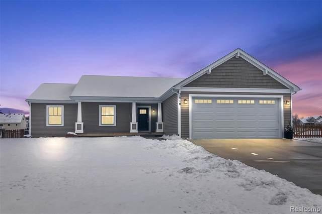 2810 Laurel Ridge Lane, Oceola Twp, MI 48843 (#2210000296) :: Duneske Real Estate Advisors
