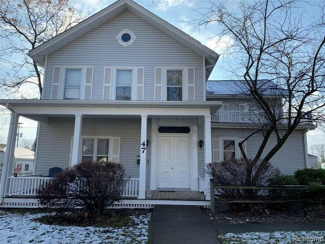 47 Pope Street, Lapeer, MI 48446 (#2210000477) :: Robert E Smith Realty