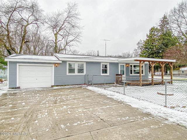 52412 Twin Lakeshore Drive, Wayne Twp, MI 49047 (#69021000205) :: The Alex Nugent Team | Real Estate One