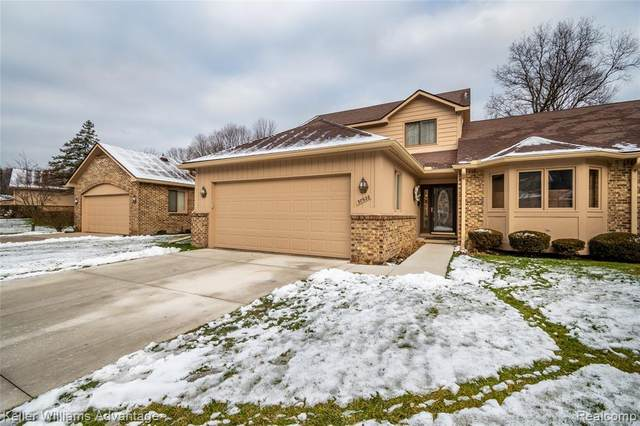 30928 Misty Pines Drive, Farmington Hills, MI 48336 (#2210000919) :: Robert E Smith Realty