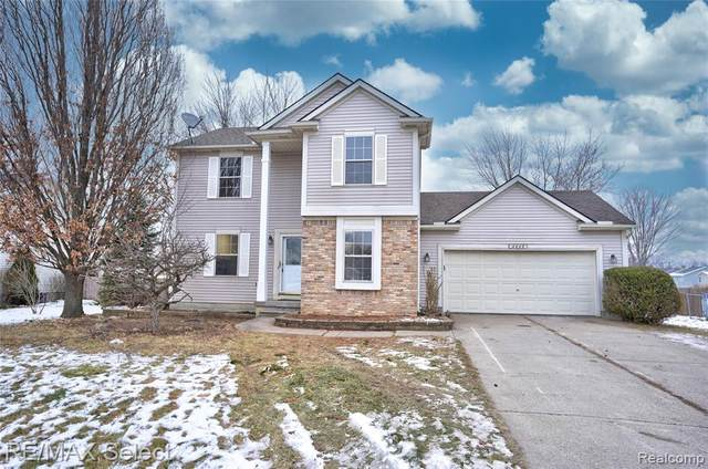 4449 Westedge Way, Burton, MI 48439 (#2210001260) :: The Merrie Johnson Team