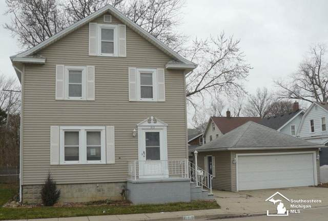 612 Navarre, Monroe, MI 48161 (#57050031821) :: The Mulvihill Group