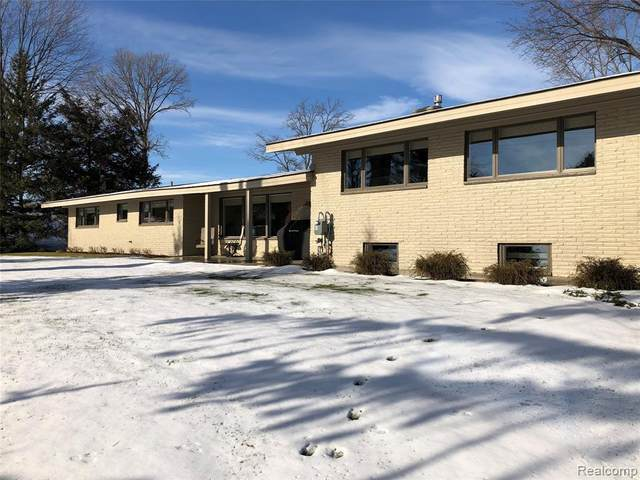 5901 Dryden Road, Dryden Twp, MI 48428 (#2210001725) :: The Mulvihill Group