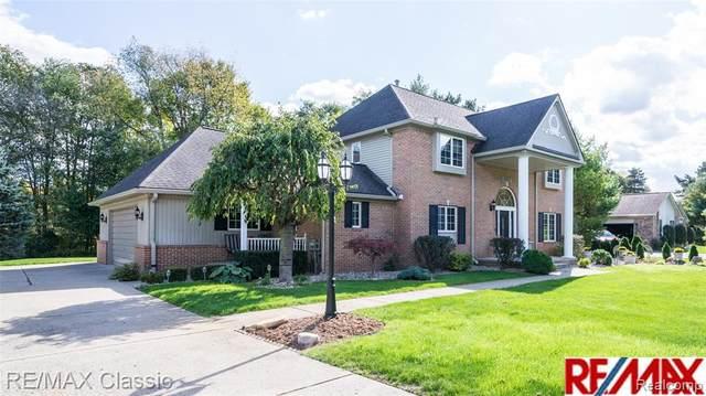 4486 Lynne Lane, Commerce Twp, MI 48382 (#2210001775) :: GK Real Estate Team
