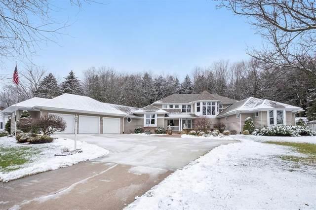 2722 Burwyn Hills Drive, Clinton Twp, MI 49286 (#543278157) :: The Alex Nugent Team | Real Estate One
